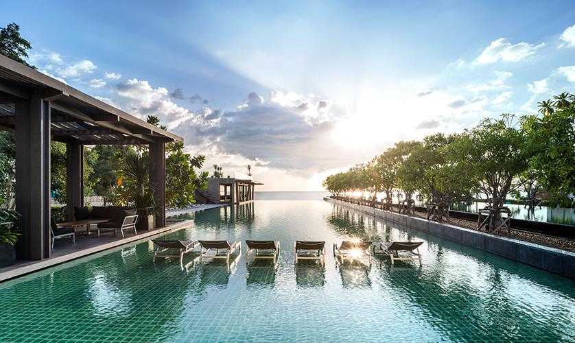Reflection-Jomtien-Pattaya-fac3